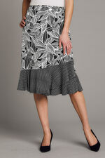 Border Print A Line Skirt