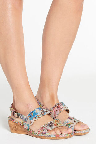 Cushion Walk Floral Buckle Fasten Sandal