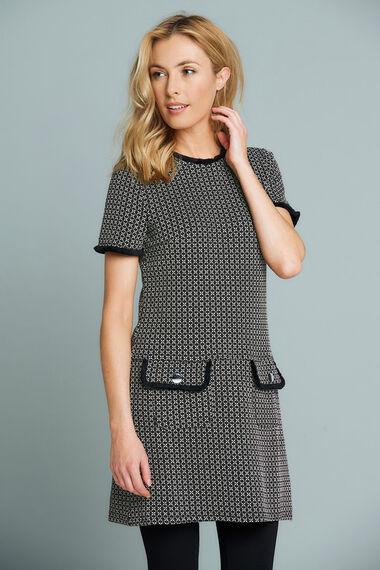 Stella Morgan Textured Short Sleeve Tunic