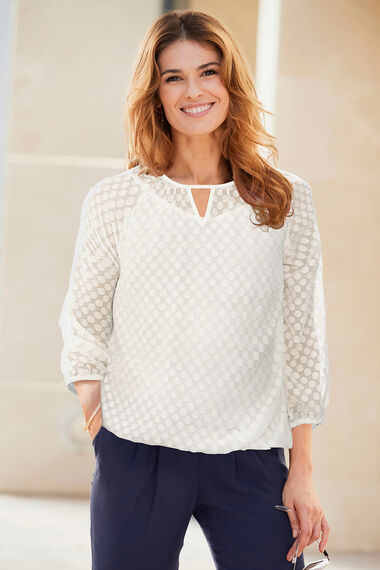 Spot Pattern Textured 3/4 Sleeve Blouse