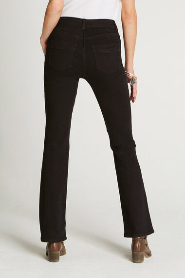 The BETTY Bootcut Jean