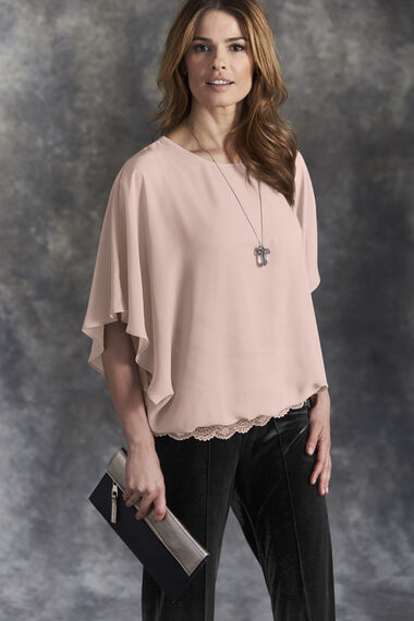 Lace Hem Blouse With Necklace
