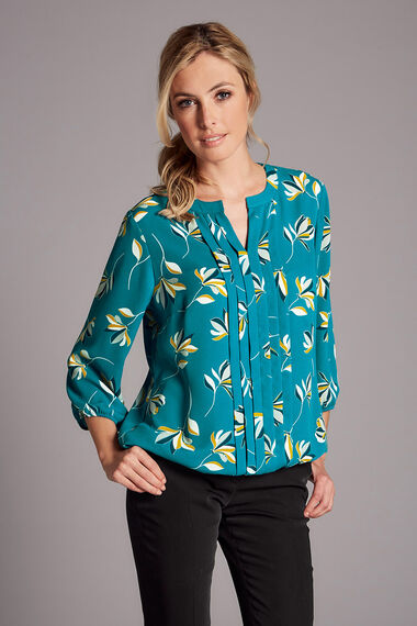 Floral Print 3/4 Sleeve Pleat Front Blouse