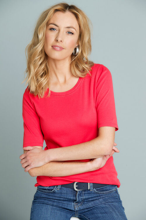 Scoop Half Sleeve T-Shirt