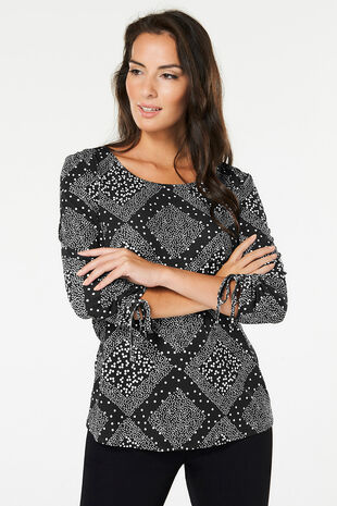 Diamond Print Top With Ruched Sleeves