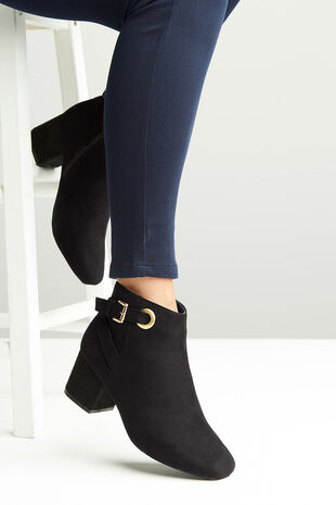 Krush Buckle Eyelet Boot