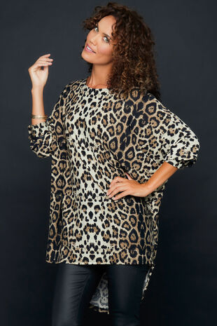 Izabel Animal Print Batwing Sleeve Oversized Tunic