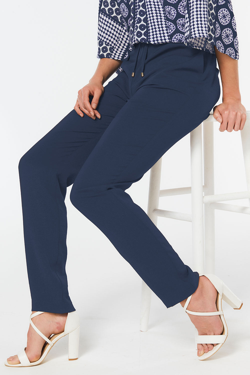 Black Leisure Trousers Size 50 S Inside Leg 28 Excellent Condition Catalogues Will Be Sent Upon Request Men's Clothing