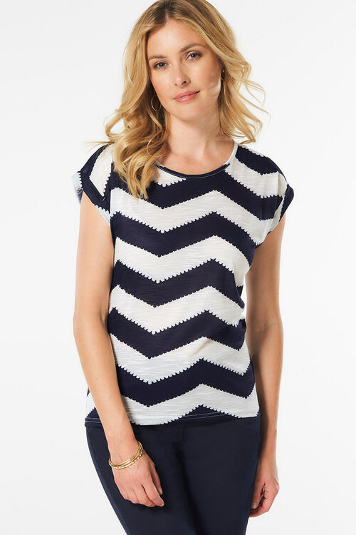 Izabel London Chevron Print T-Shirt