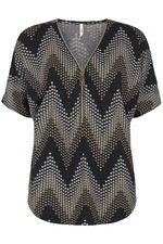 Stella Morgan Chevron Sweater