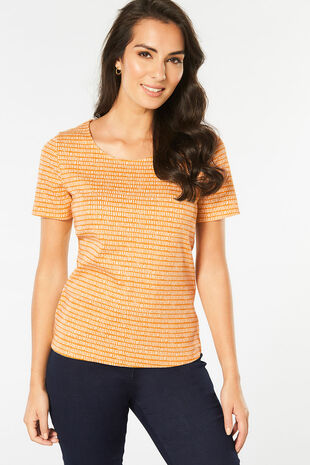 Scoop Neck Dash Print T-shirt