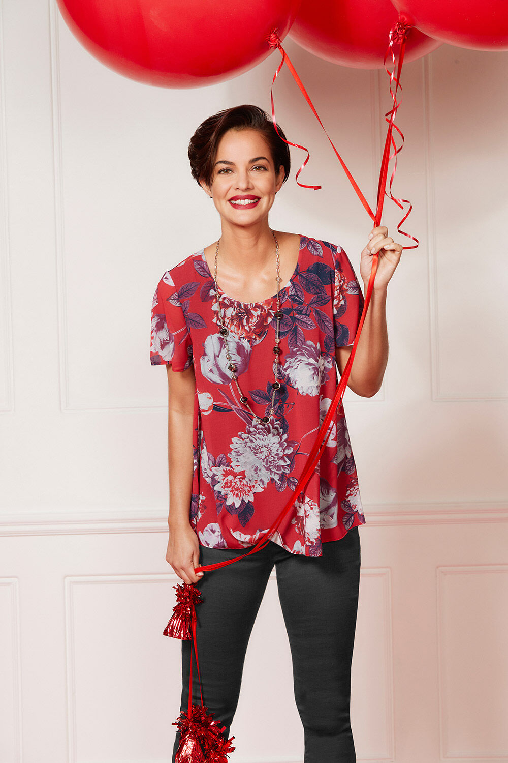 9737d5c123ef Floral Print Double Layer With Necklace. Hover to zoom