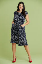 Scarlett & Jo Scoop Neck Pocket Dress