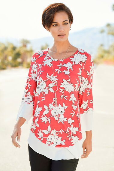 Floral Printed Top With Chiffon Hem And Necklace