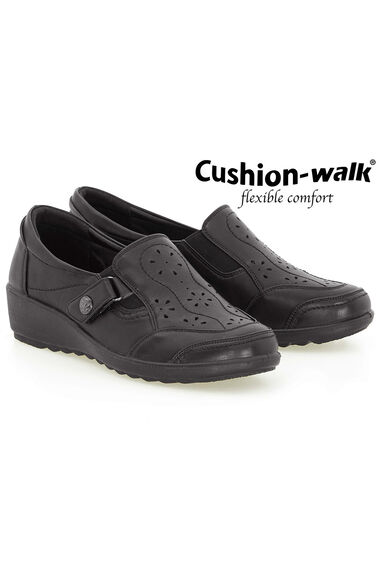 Cushion Walk Stud Fasten Slip On Shoe