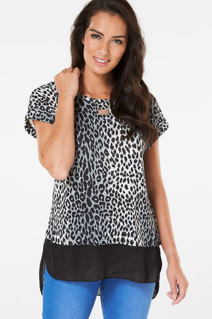 Stella Morgan Animal Print Top