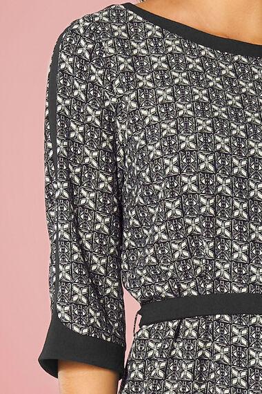 NaraWoman Geo Print Belted Tunic