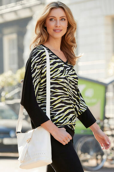 3/4 Sleeve Woven Front Jersey Back Top